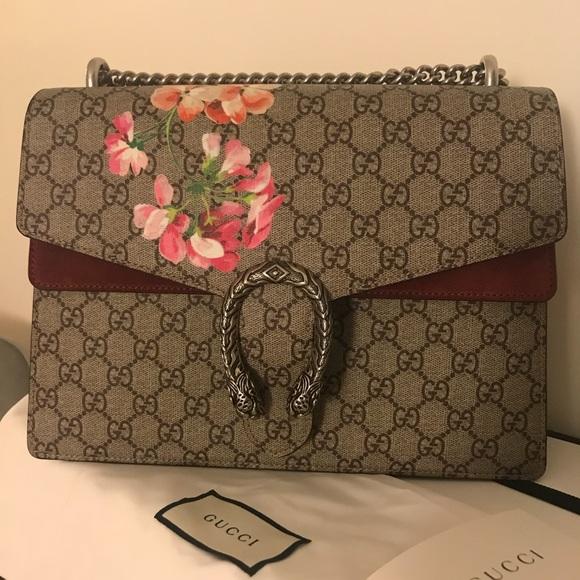 ef13ff4084ff Gucci Handbags - Gucci Dionysus GG Blooms Medium Shoulder Bag